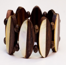 wood and pearl bracelet